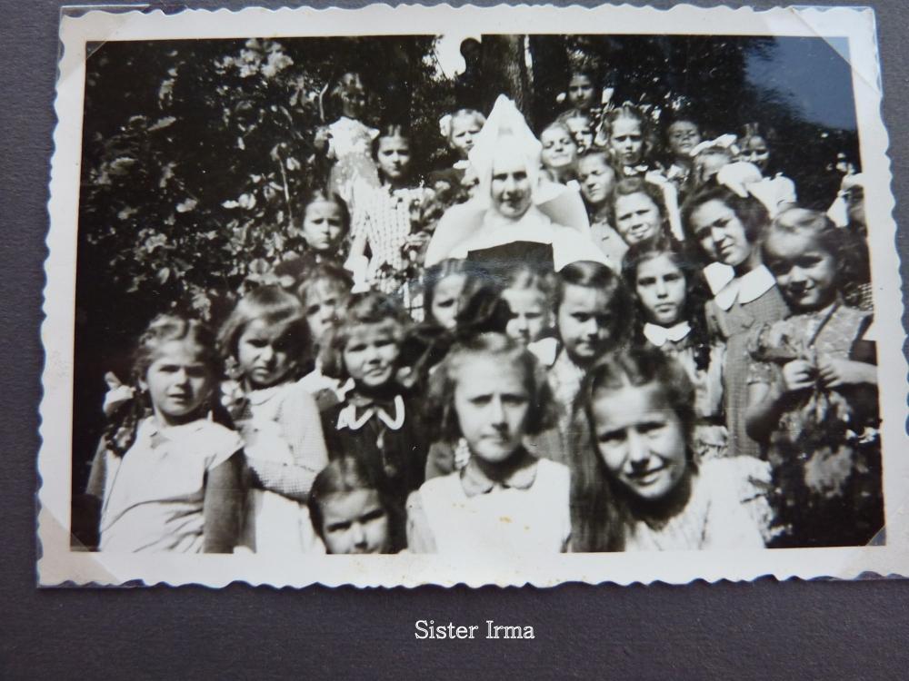Growing Up In The 1940s - Primary School - World War II (2/2)