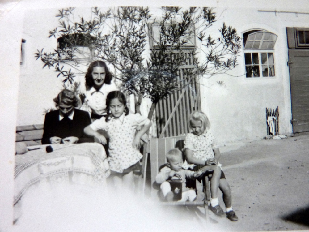Growing Up IN The 1940s - Life on the Farm  - World War II (2/2)